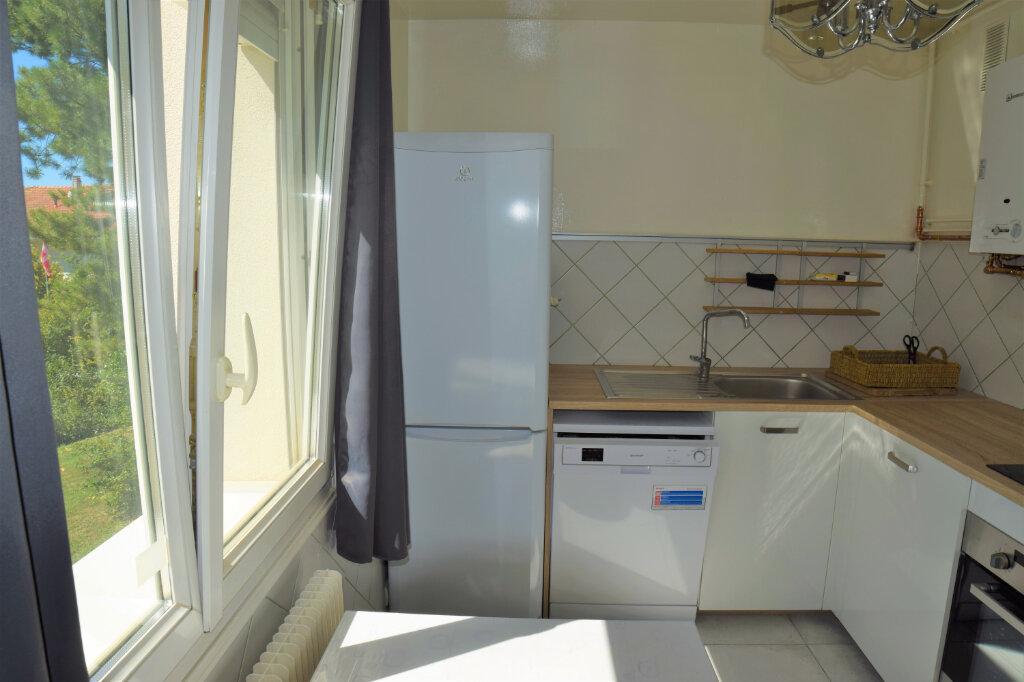 Appartement à louer 2 44.63m2 à Collonges-sous-Salève vignette-4