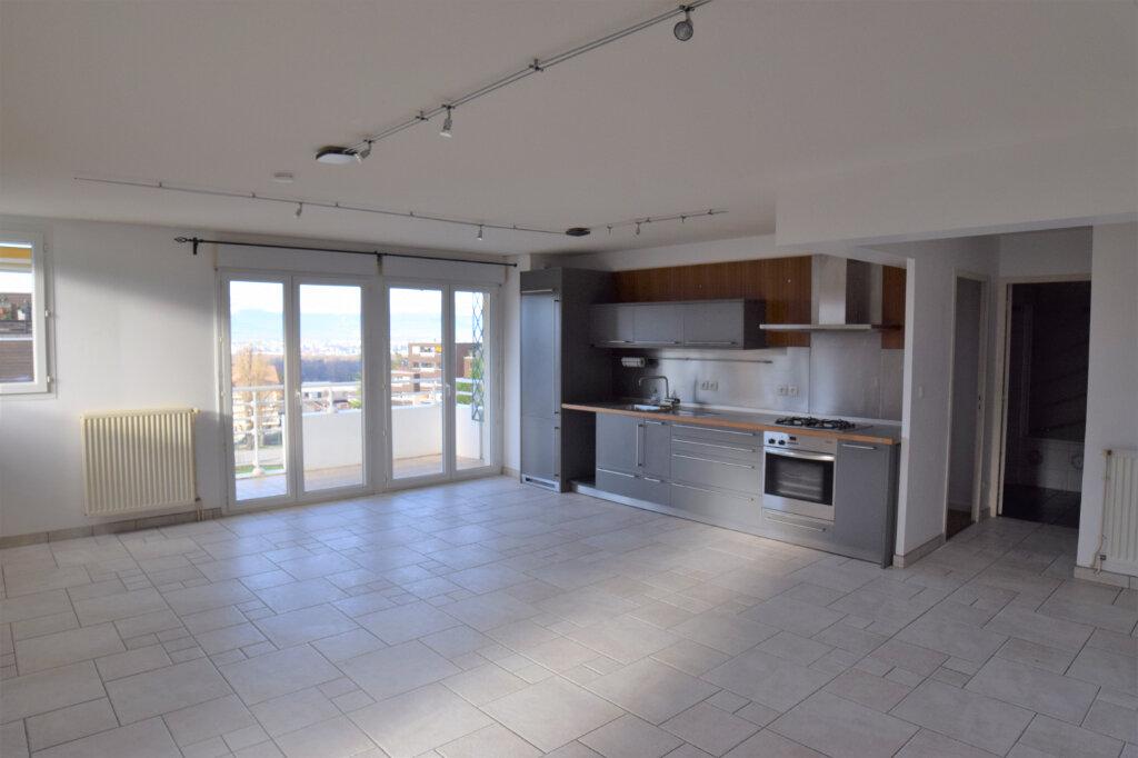 Appartement à louer 3 72m2 à Collonges-sous-Salève vignette-3