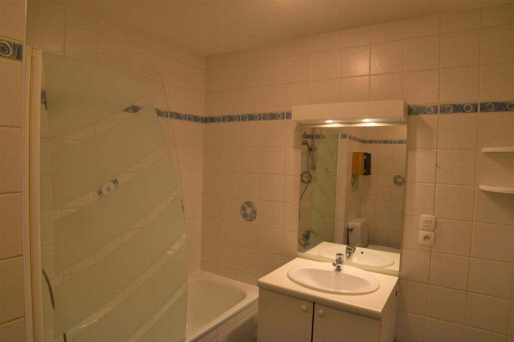 Appartement à louer 3 72m2 à Collonges-sous-Salève vignette-6