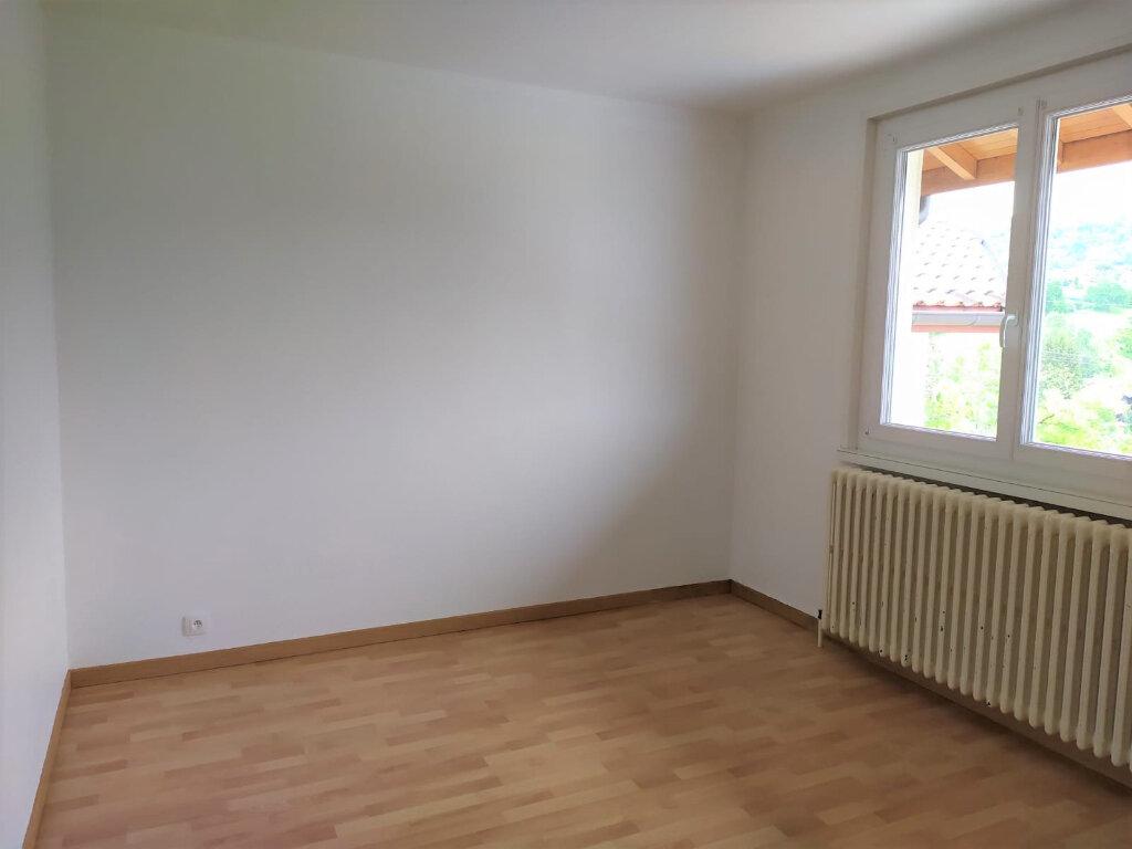 Appartement à louer 4 90.1m2 à Cranves-Sales vignette-7