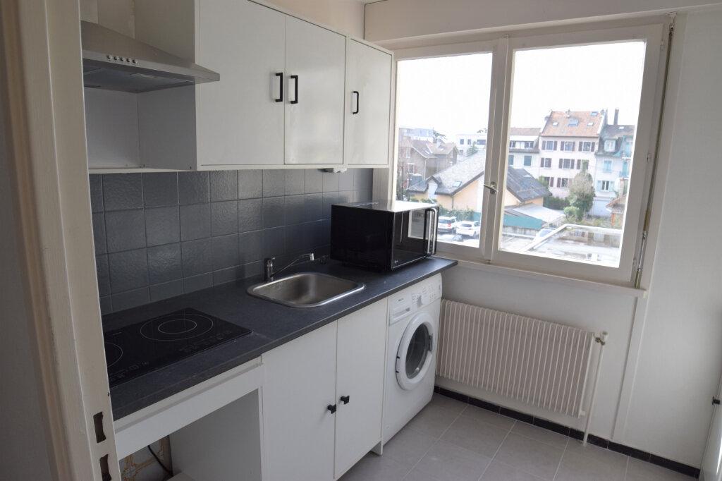 Appartement à louer 2 39.61m2 à Annemasse vignette-4