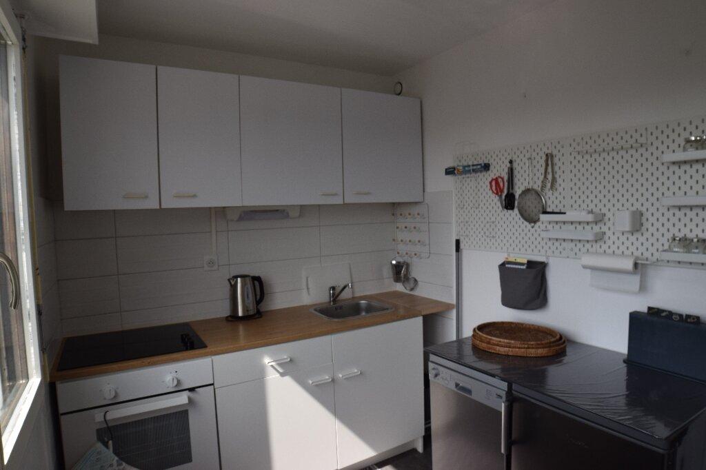 Appartement à louer 2 47.41m2 à Ambilly vignette-5