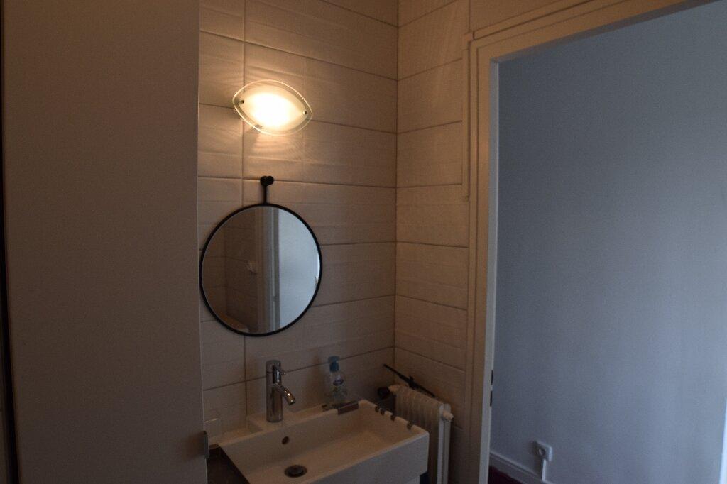 Appartement à louer 2 47.41m2 à Ambilly vignette-8