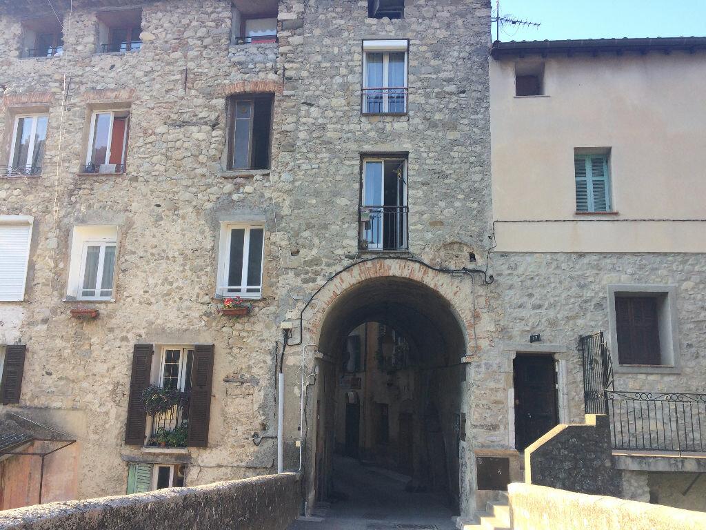 Maison à louer 4 55.33m2 à L'Escarène vignette-2