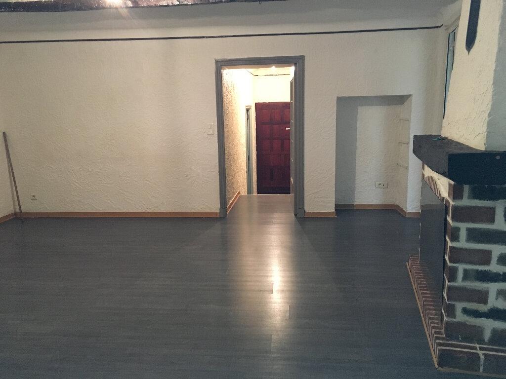 Appartement à louer 3 57.9m2 à L'Escarène vignette-3