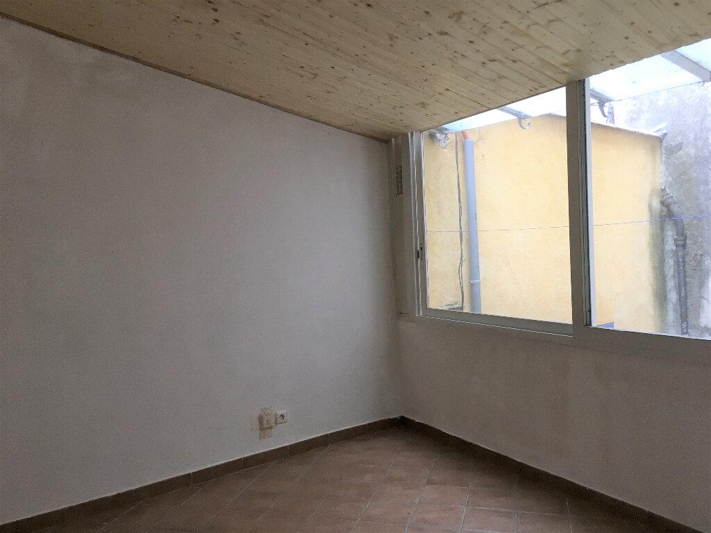 Appartement à louer 3 57.9m2 à L'Escarène vignette-4