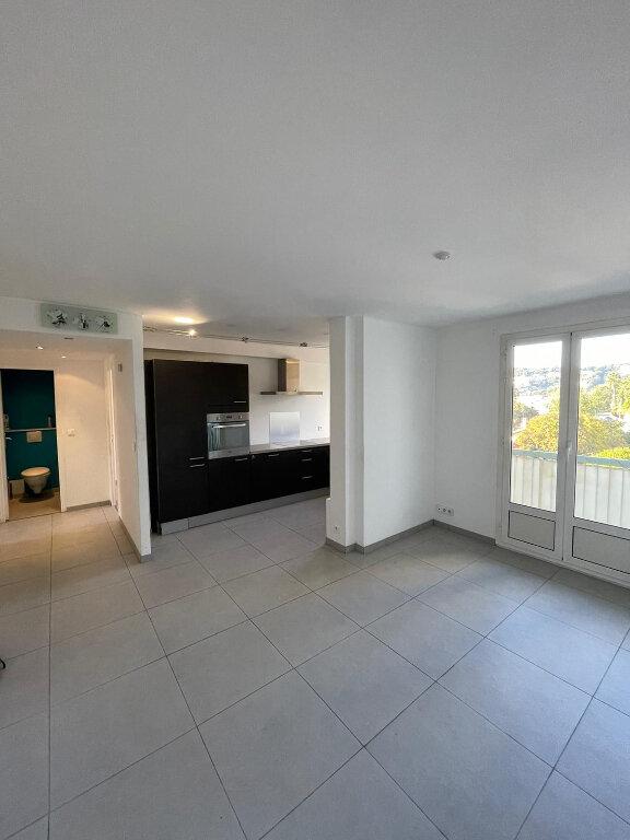 Appartement à louer 3 58m2 à Nice vignette-1