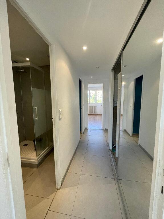 Appartement à louer 3 58m2 à Nice vignette-8