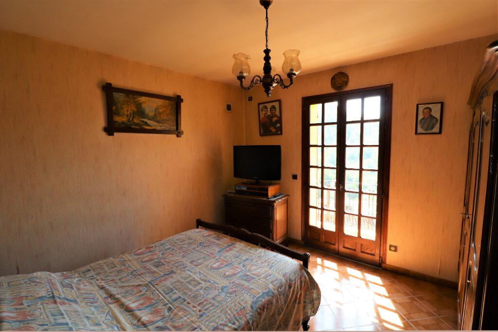 Maison à vendre 4 115m2 à L'Escarène vignette-6