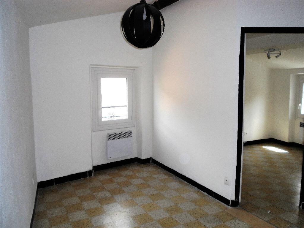 Appartement à louer 2 26.56m2 à L'Escarène vignette-5