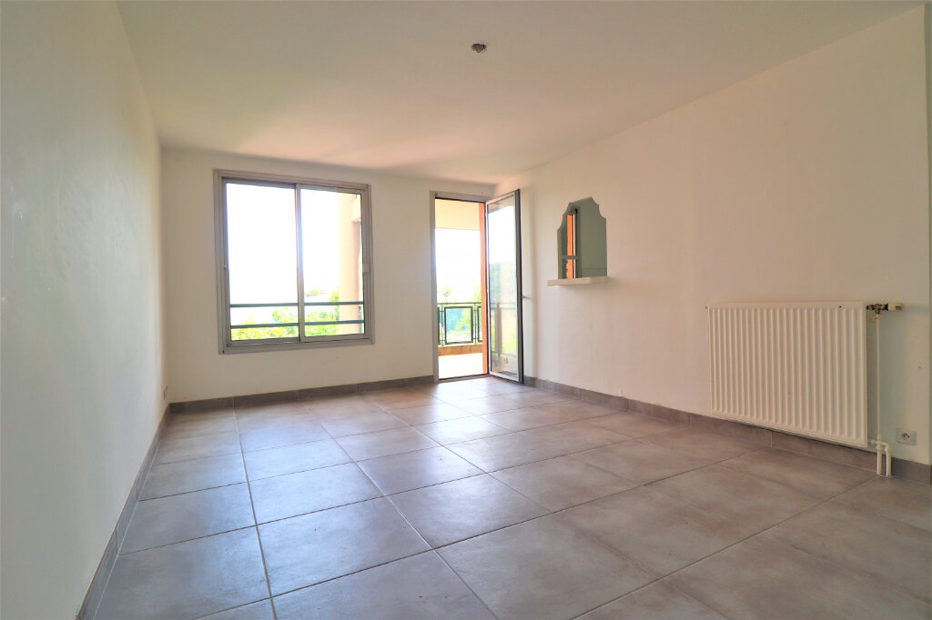 Appartement à vendre 4 77.47m2 à Carros vignette-3