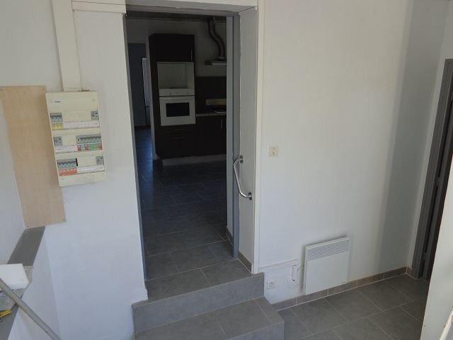 Appartement à louer 3 70m2 à Les Mages vignette-4