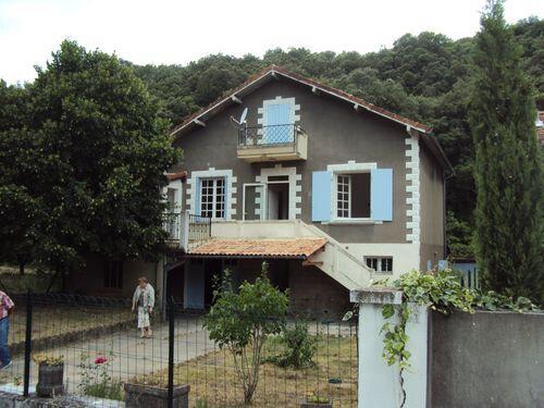 Maison à louer 4 115m2 à Les Salles-du-Gardon vignette-1