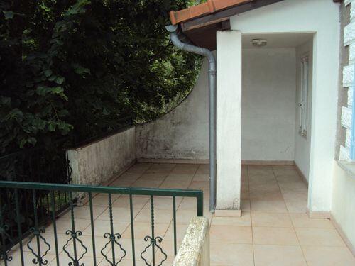 Maison à louer 4 115m2 à Les Salles-du-Gardon vignette-3