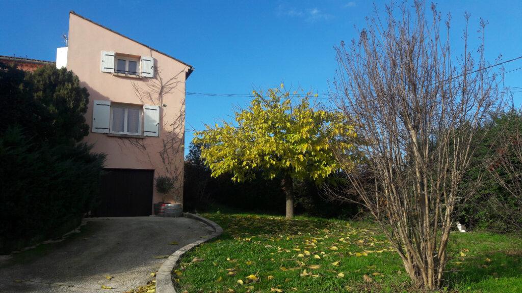 Maison à louer 5 87m2 à Saint-Ambroix vignette-1