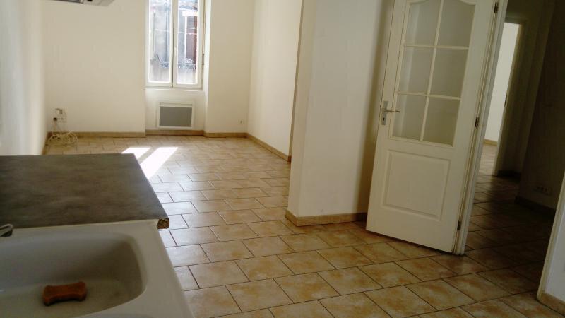 Appartement à louer 3 57m2 à Meyrannes vignette-3