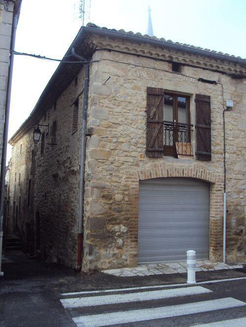 Maison à louer 2 46m2 à Saint-Sauveur-de-Cruzières vignette-1