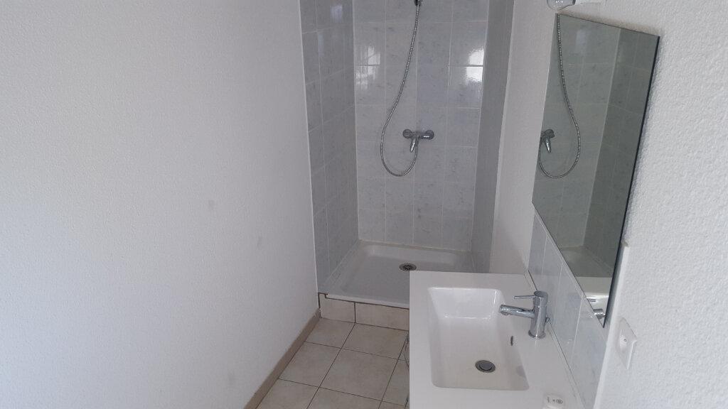 Maison à louer 3 67m2 à Meyrannes vignette-6