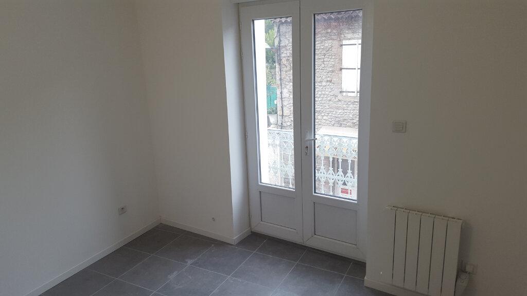 Appartement à louer 2 35m2 à Bessèges vignette-5
