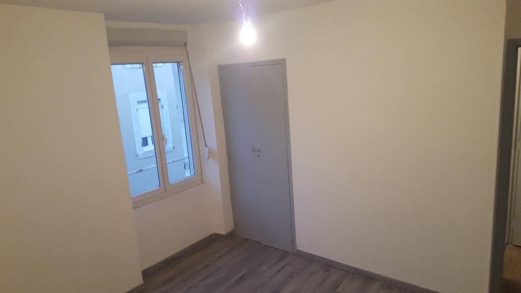 Appartement à louer 2 51.26m2 à Bessèges vignette-5