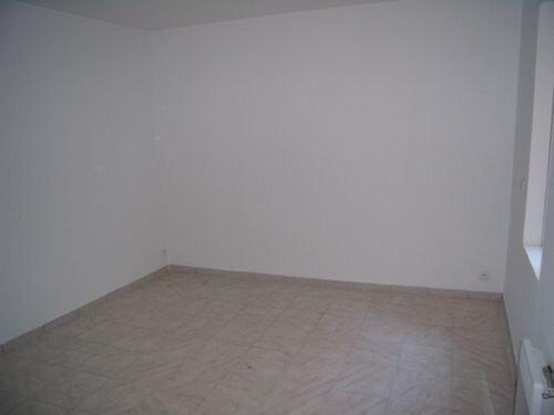 Appartement à louer 2 46m2 à Saint-Ambroix vignette-3