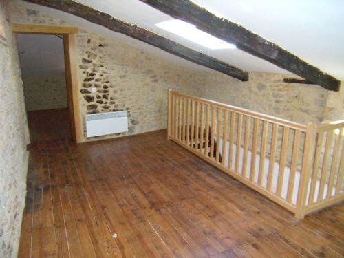Maison à louer 2 78m2 à Saint-Victor-de-Malcap vignette-4