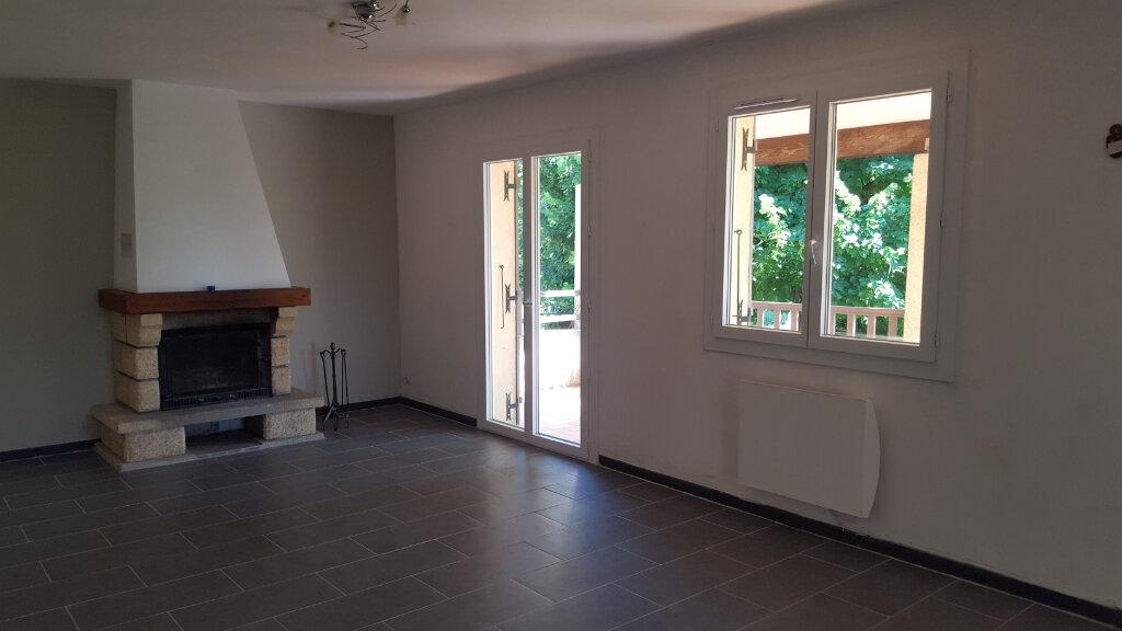 Maison à louer 3 89.3m2 à Saint-Jean-de-Maruéjols-et-Avéjan vignette-5