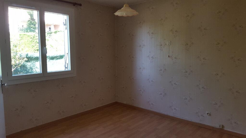 Maison à louer 3 89.3m2 à Saint-Jean-de-Maruéjols-et-Avéjan vignette-14