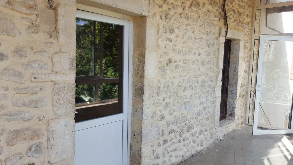 Appartement à louer 5 89.23m2 à Saint-Denis vignette-3