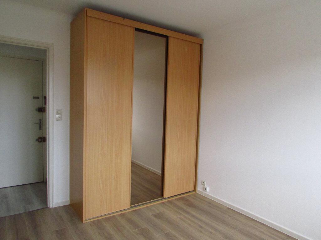 Appartement à louer 2 42m2 à Nancy vignette-3