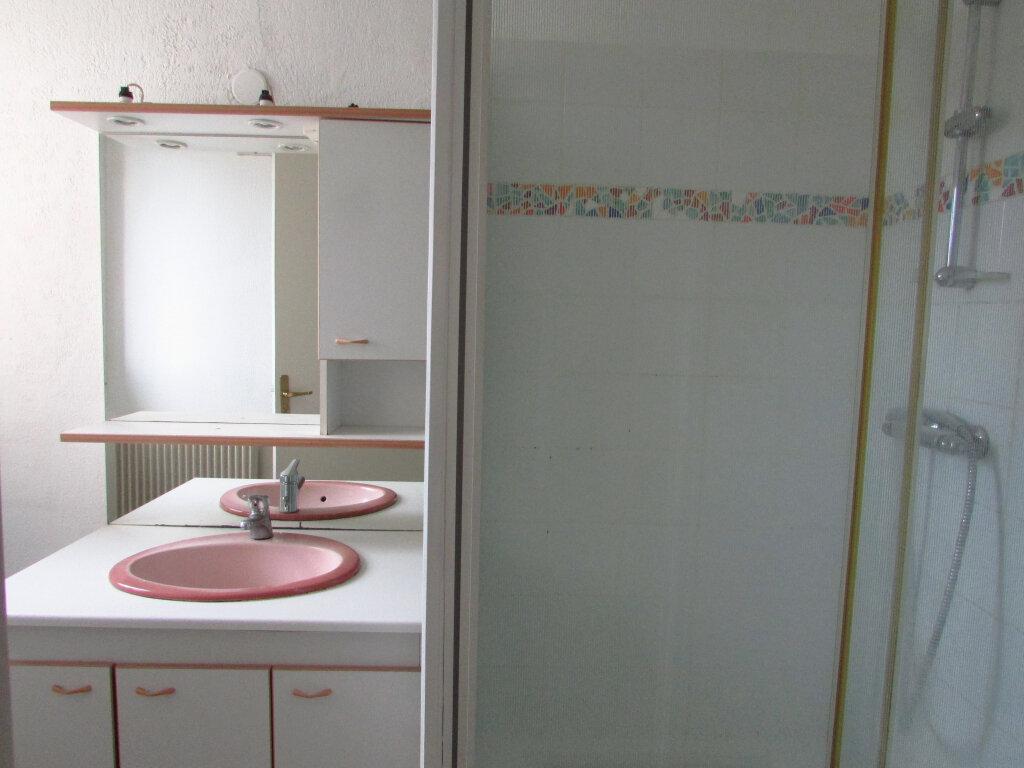 Appartement à louer 2 42m2 à Nancy vignette-7
