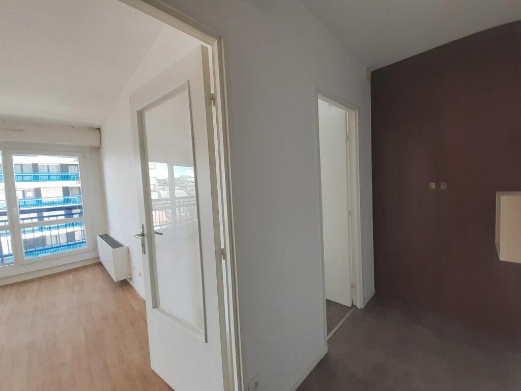 Appartement à louer 2 48.5m2 à Nancy vignette-4