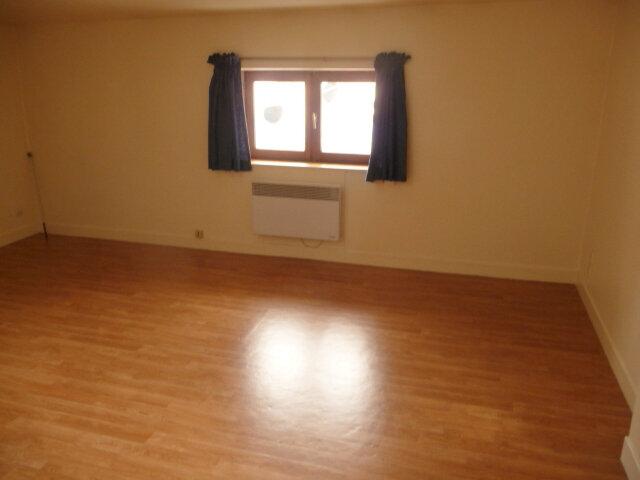Appartement à louer 1 23m2 à Nancy vignette-2