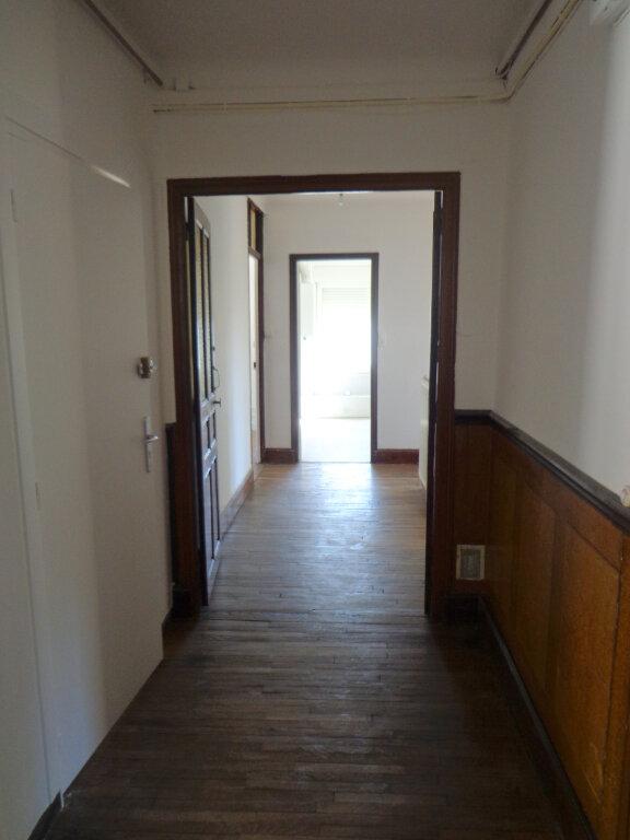 Appartement à louer 4 83.75m2 à Nancy vignette-7