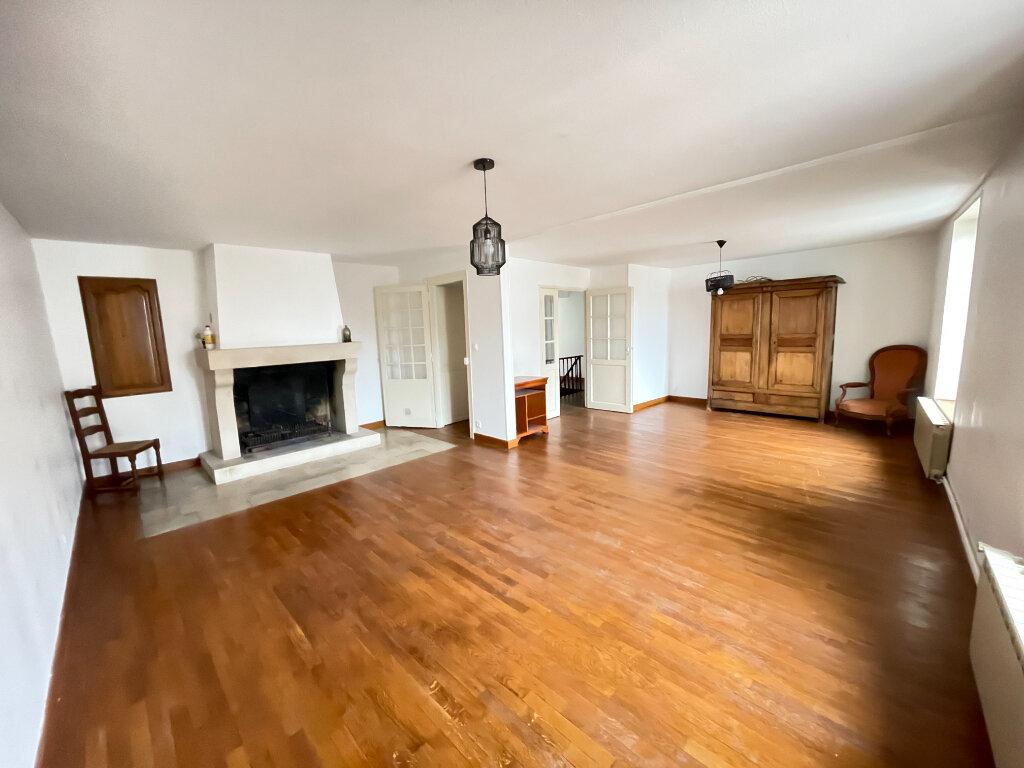 Appartement à louer 7 155.47m2 à Essey-lès-Nancy vignette-1