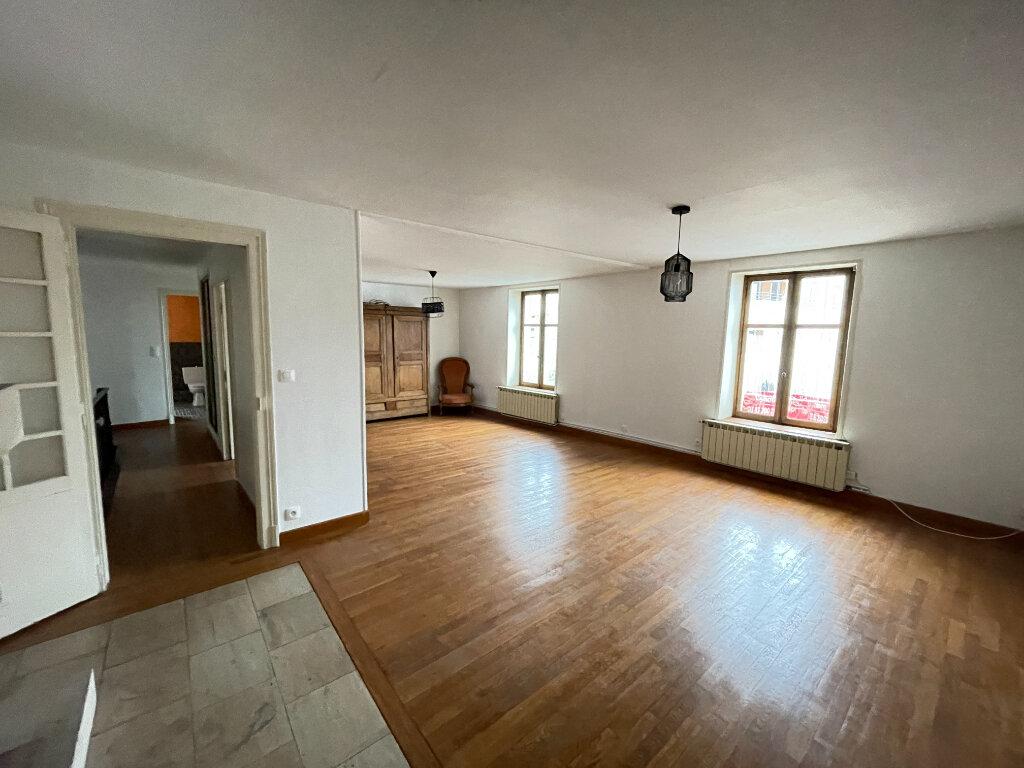 Appartement à louer 7 155.47m2 à Essey-lès-Nancy vignette-2