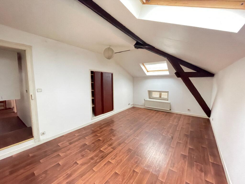 Appartement à louer 7 155.47m2 à Essey-lès-Nancy vignette-3
