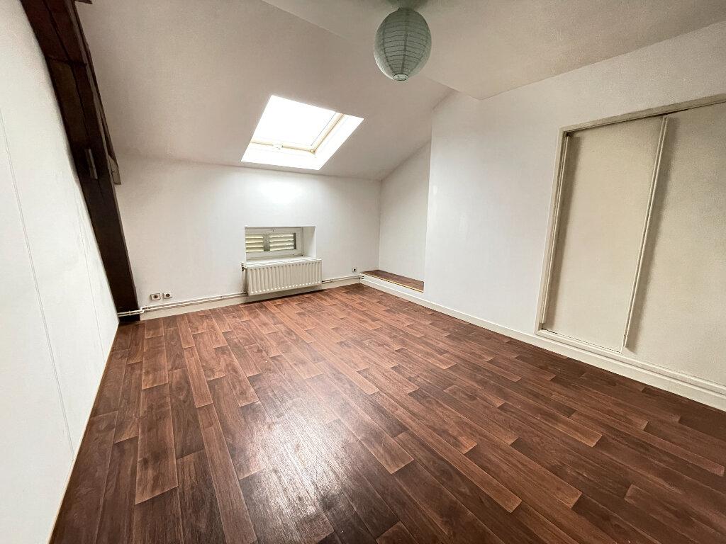 Appartement à louer 7 155.47m2 à Essey-lès-Nancy vignette-6