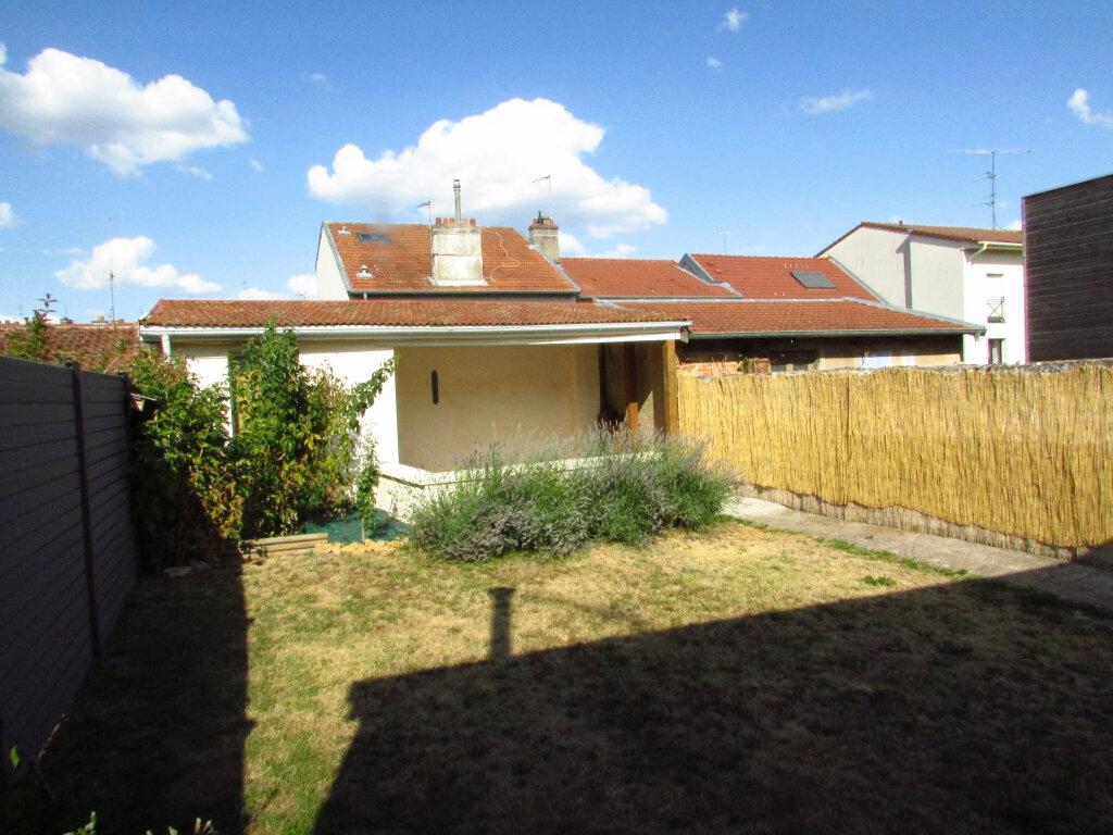Maison à louer 5 93.36m2 à Villers-lès-Nancy vignette-9