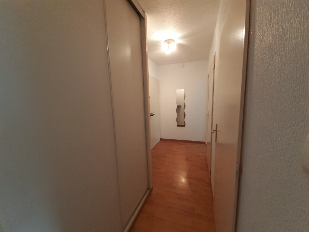 Appartement à louer 2 53m2 à Nancy vignette-4