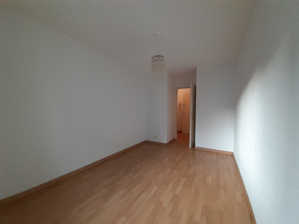 Appartement à louer 2 53m2 à Nancy vignette-7
