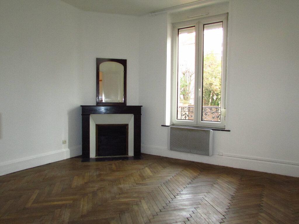 Appartement à louer 2 39.73m2 à Villers-lès-Nancy vignette-1