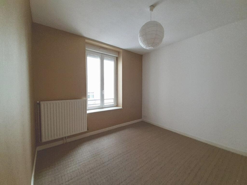 Appartement à louer 3 61.06m2 à Nancy vignette-5