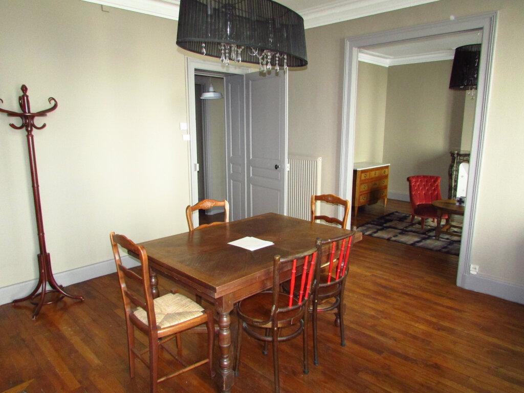 Appartement à louer 3 78.8m2 à Nancy vignette-5