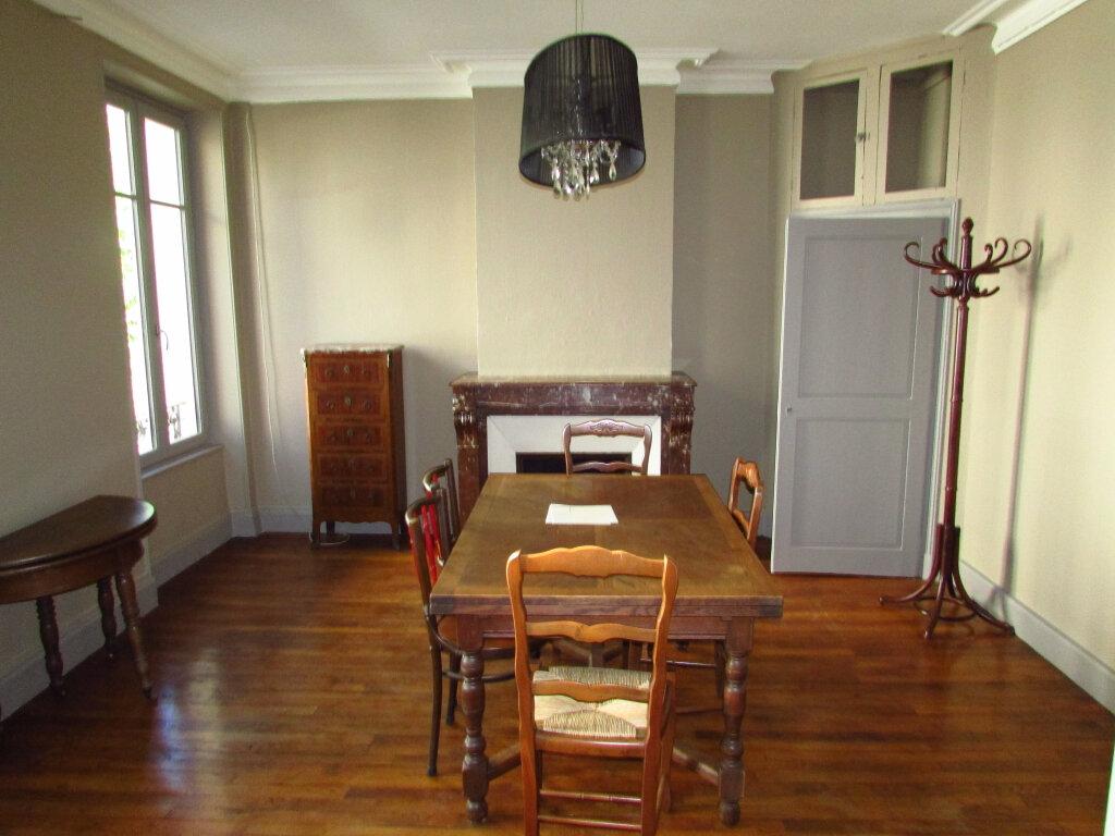 Appartement à louer 3 78.8m2 à Nancy vignette-6
