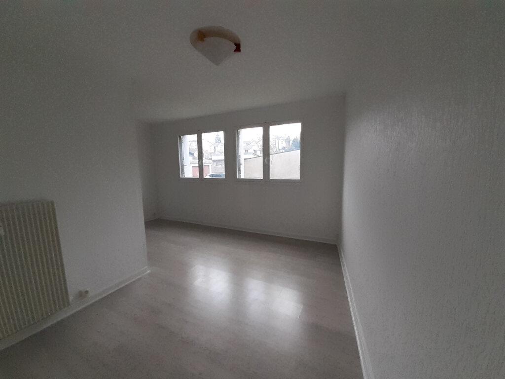 Appartement à louer 4 77.29m2 à Saint-Max vignette-7