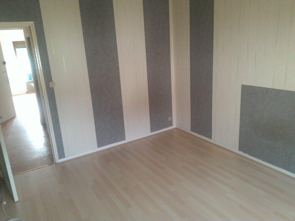 Appartement à louer 2 35m2 à Champigneulles vignette-3