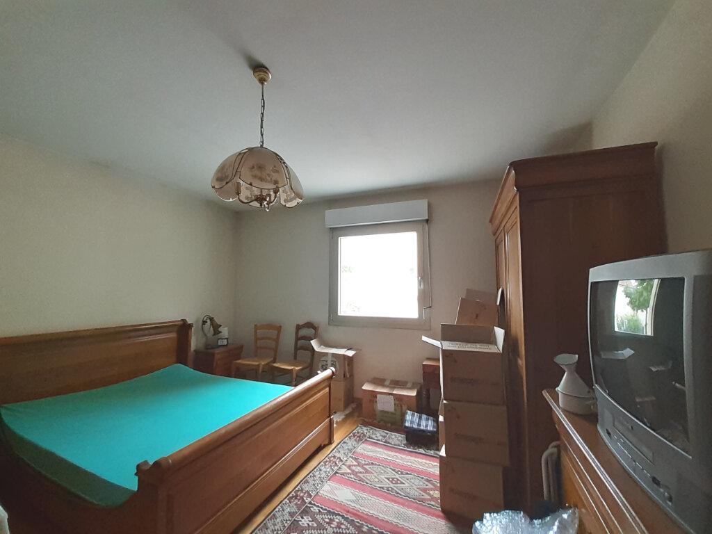 Appartement à louer 3 87.8m2 à Nancy vignette-6