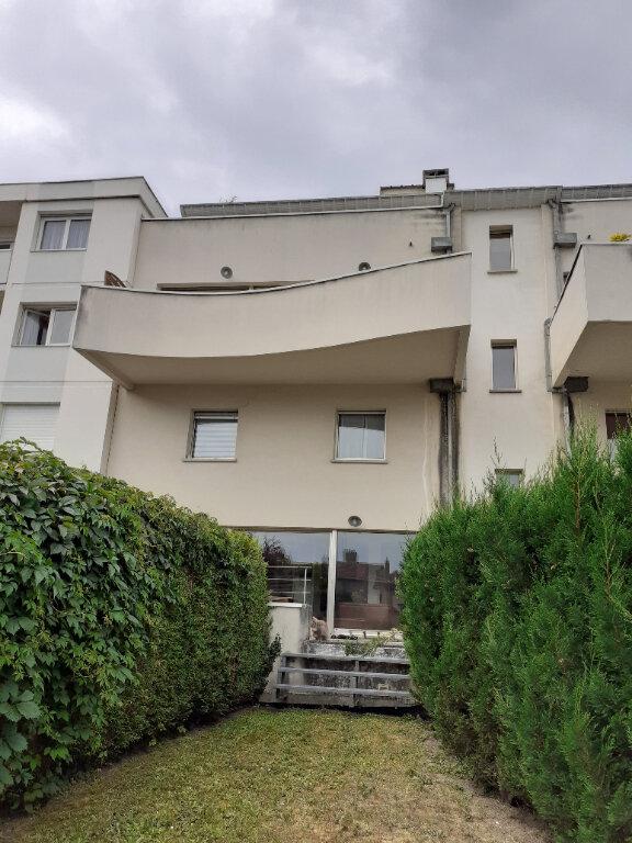 Appartement à louer 3 87.8m2 à Nancy vignette-8