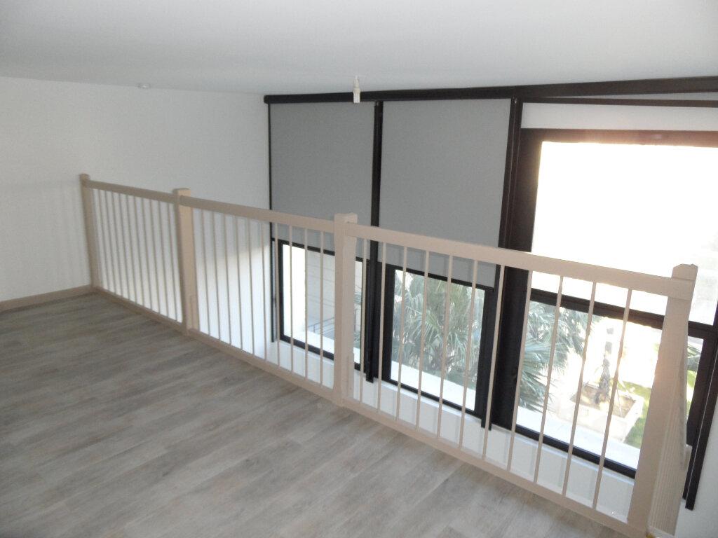 Appartement à louer 2 48.06m2 à Montpellier vignette-1
